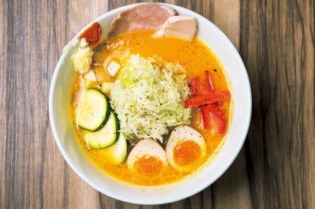 乃木坂46の橋本奈々未イチ押し!Japanese soup noodle free style ソラノイロの「特製ベジソバ」(1000円)