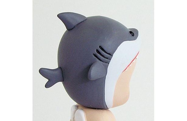 サメの頭部(食われているようにも見える)