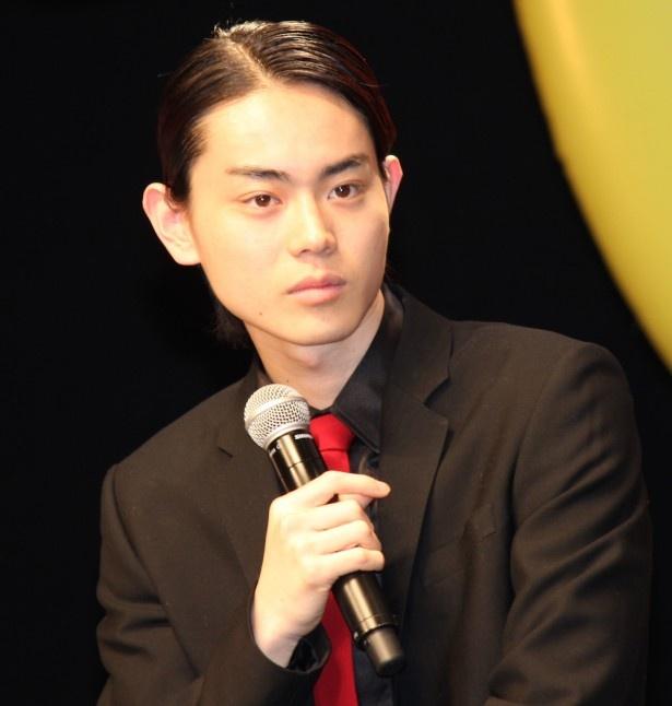 菅田将暉、山田涼介の筋肉に驚愕!