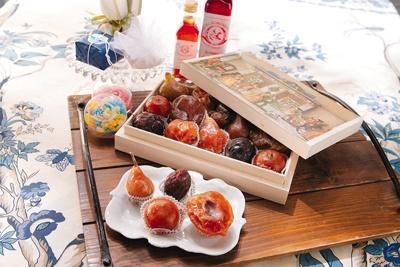 """砂糖漬けのドルチェ""""フルッタカンディーダ""""は量り売り販売。100g/¥1449"""