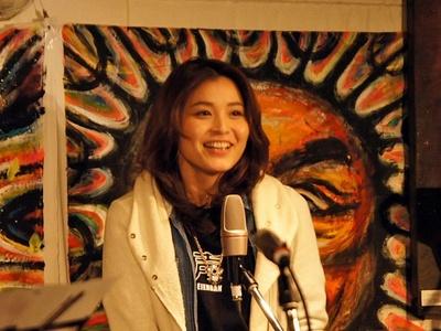 「機動戦士ガンダムUC」のマリーダ・クルス役などを務める声優の甲斐田裕子