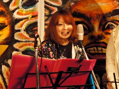この日急きょ参加することになった歌手の凛。自身も震災の被害が大きかった宮城県仙台市出身