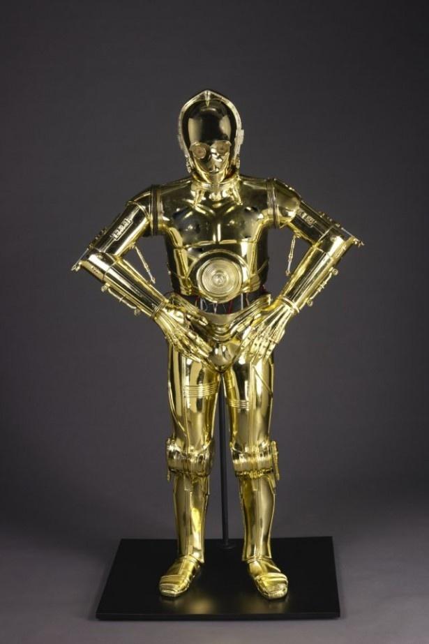 世界中のファンから愛されるC-3POが登場!