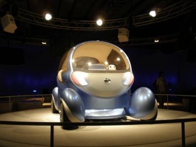 電気自動車・ピボ2です。かわいいです
