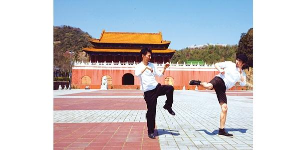 他にも世界の遺跡が数多く存在。写真は中国の天安門