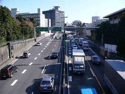 だらだら続く渋滞で車中がいや〜な空気になったこと、ありませんか?