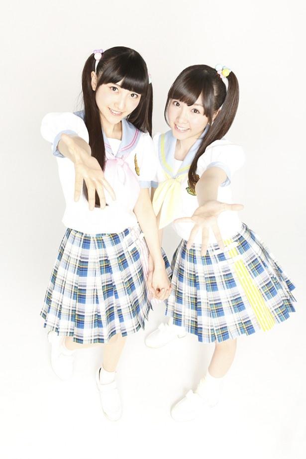 every♥ing!は木戸衣吹(右)と山崎エリイ(左)の現役女子高生2人によるユニット