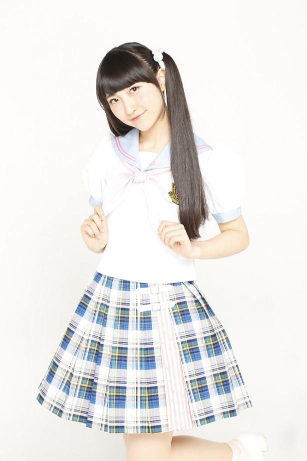山崎エリイも、テレビアニメ「レーカン!」での小川真琴役をはじめ、声優としての活動も積極的に行っている