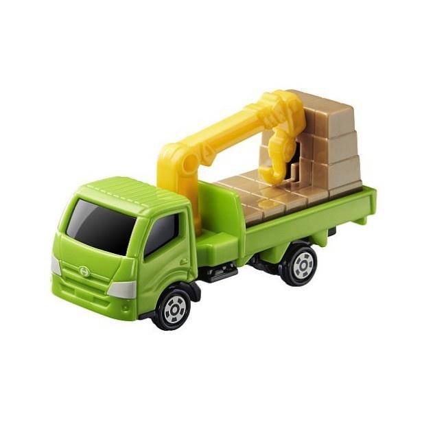 「日野デュトロ クレーン付きトラック」は、クレーンで荷物をつるすことができる