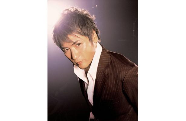 「NEW CLASSIC GIG in JAPAN'09」に出演する吉川晃司