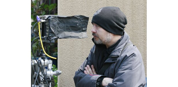 大人計画主宰の松尾スズキは、本作で監督と脚本を兼任