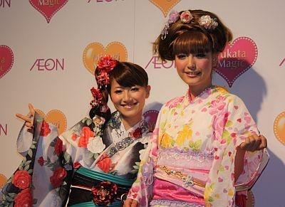 hirokoさんは「ゆかたを着て夏祭りに行きたい」とニッコリ