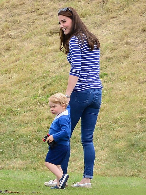 活発なジョージ王子とキャサリン妃