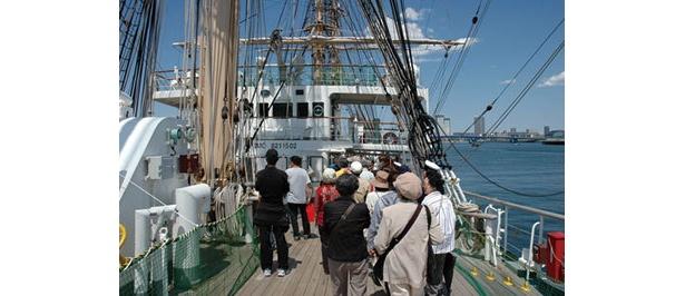 世界最大級の帆船の内部の見学も可能