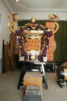 神輿「三之宮」は西部16町会を渡卸する