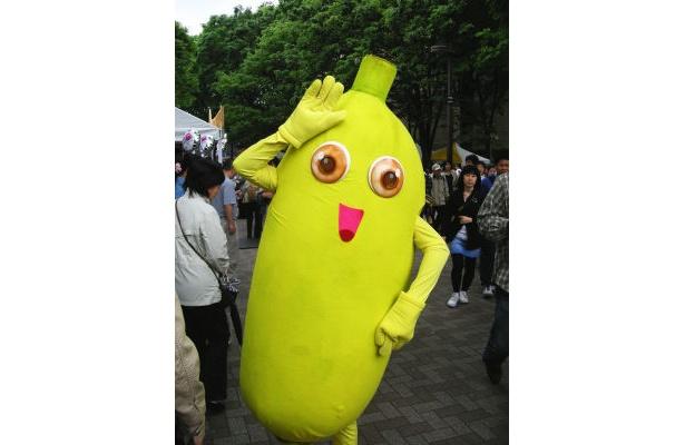 タイフェスのゆるキャラ発見!バナナキャラはやっぱり陽気