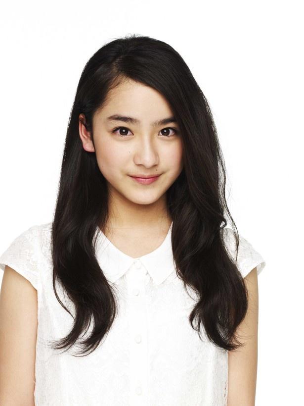 『青鬼 ver.2.0』でヒロイン役を務める平杏奈。映画やバラエティで活躍している平愛梨とともに、美人姉妹として話題に!