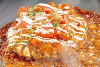 多幸一の「ミックス焼き+生トマトソーストッピング」
