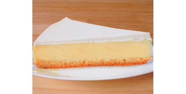 5月中旬より280円スイーツが登場!写真は、ニューヨークチーズケーキ