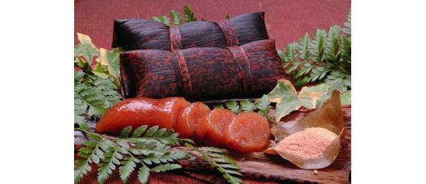 鹿児島銘菓のあくまきは、もちもちした食感と独特の風味が特徴