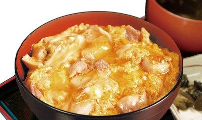 秋田比内や大館本店の比内地鶏の親子丼 1050円