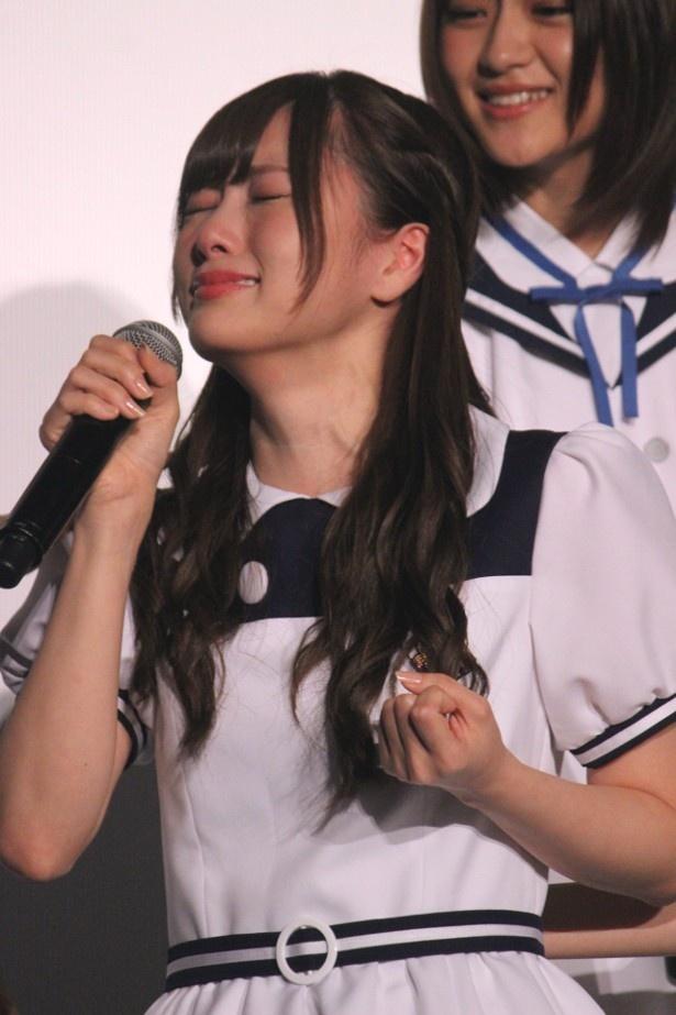 舞台挨拶で号泣した乃木坂46の白石麻衣