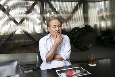 """Amazonプライムデー(7月15日)当日にインタビューを実施。約1時間にわたり、""""2億円絵画""""について熱弁した天野喜孝氏"""
