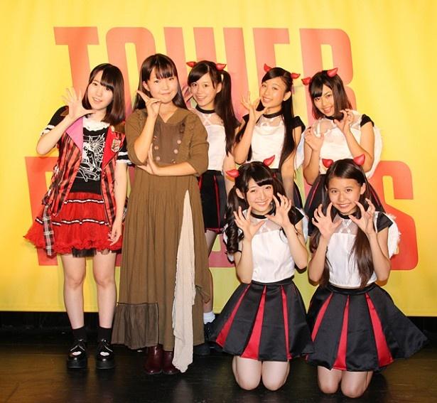 タワーレコードのアイドル専門レーベル「youthsource records」設立記念ライブに出演した上月せれな、Peach sugar snow、Devil ANTHEM(左から)