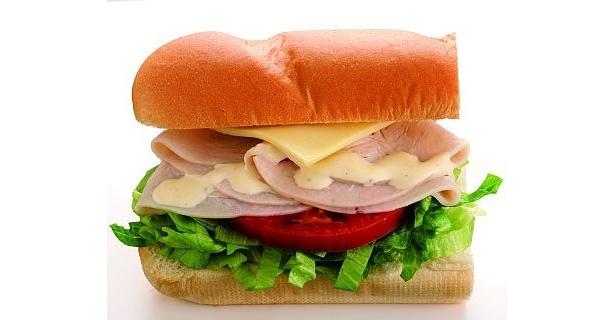 まさに3分の2サイズ!「ターキーハム&チーズセット」【ほか他のサンド画像】