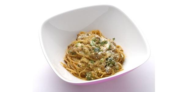 パスタは2種類で、1つ目は、「尾崎牛と野菜のカレーパスタ」