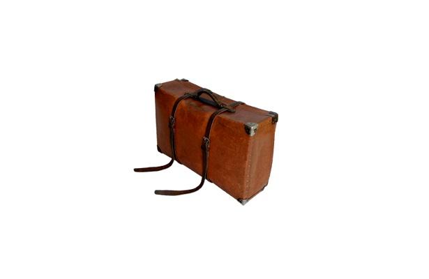 1940年代の「フレキシブル・トランク」。紙製でセールスマンがリネンなどの布製品を入れたのだとか