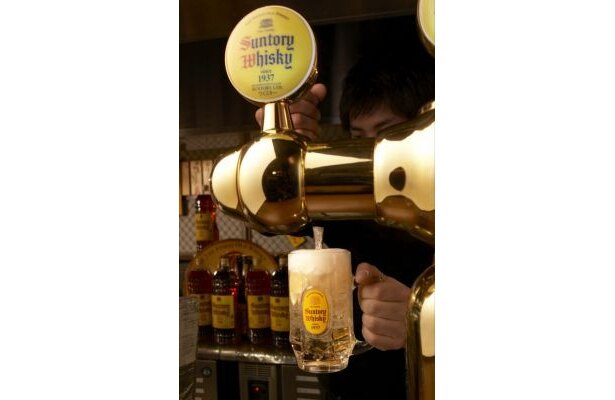 ハイボール専用器材設置の「角ハイボール酒場」は年内に500店を目指す