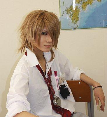 【他の画像はコチラ】男装が麗しい御崎ディオさん