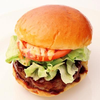 上品な味わいが絶品!大阪の「中之島バーガー」(680円)