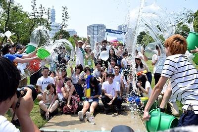 """""""水の日""""に当たる8月1日(土)、水の美しく斬新な一面を捉える撮影イベントが開催された"""