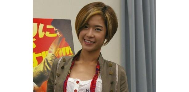 笑顔が愛らしいジージャー。タイのアクション映画界をしょってたつ大型新人女優だ