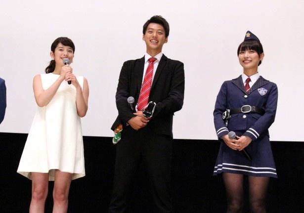 竹内涼真は、筧美和子の警察官姿について「霧子(内田理央)より似合ってました」と絶賛する