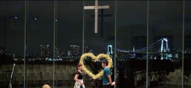 一生の思い出になるプロポーズを、ホテルと番組の協力で演出