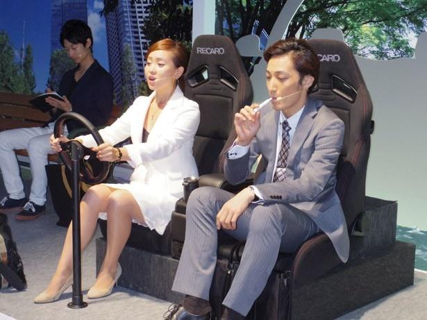 「iQOS」は臭いが少ないため、非喫煙者が同乗する車内でも、気兼ねなく楽しめる
