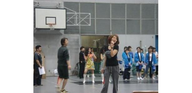 初舞台の飯島直子も、リハーサルに熱が入る