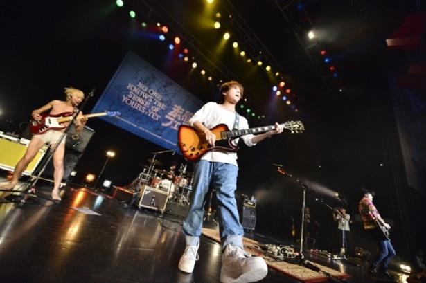 グッドモーニングアメリカは「コピペ」「突破していこう」「未来へのスパイラル」の3曲を披露