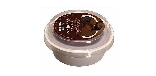 濃厚なチョコとミルクのバランスのよいチョコプリン。チョコソースのトッピングで、さらにリッチ感が倍増