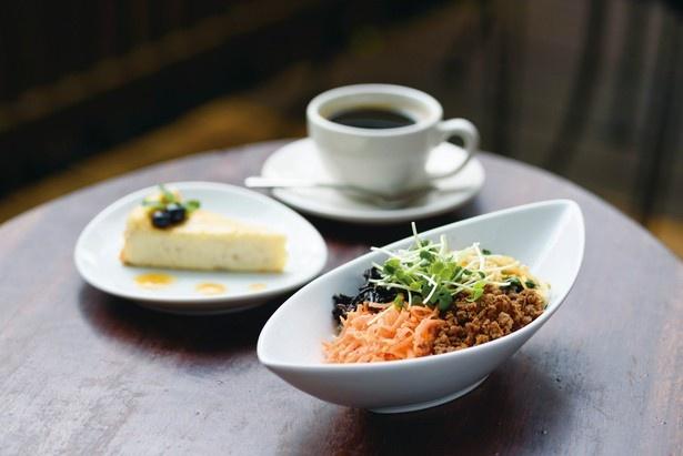 人気のオーガニックカフェ「阿里山カフェ」など、西武鉄道の「花さんぽクーポン」で特典が受けられる店舗も