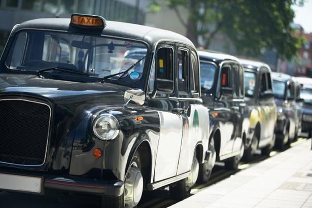 ロンドンタクシーが東京の町並みにどう映えるか、楽しみだ