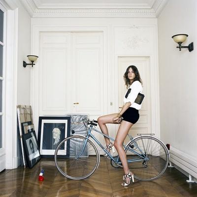 【写真を見る】フランスの出版界で活躍する写真家、ボードワン氏のスナップ写真を堪能しよう