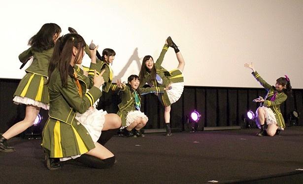 WUGが新劇場版のライブで大きくジャンプ!