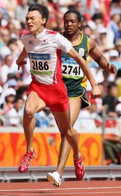 北京五輪400mリレー第3走者・高平