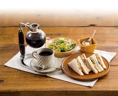 こだわりのコーヒー豆を1杯立てで味わえる「倉式珈琲店」