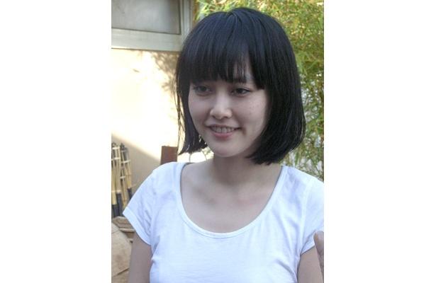 レッド・カーペットでは、シャネルのドレスに身を包んだ菊地凜子