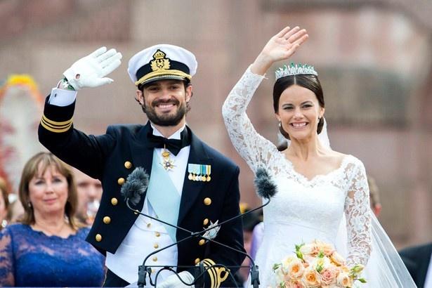 【写真を見る】2015年6月13日に結婚式を行ったスウェーデンのカール・フィリップ王子とソフィア妃